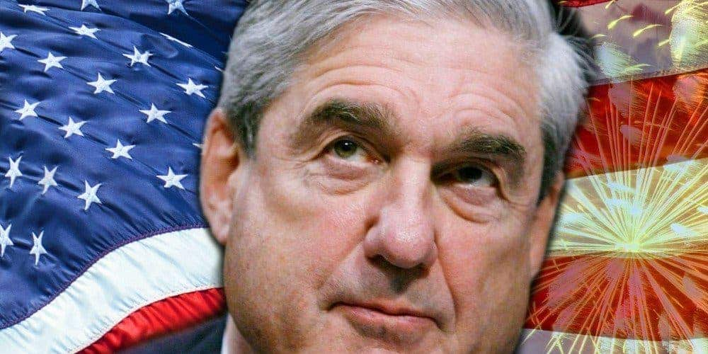 Former CIA officer just told us what it's like to work with Robert Mueller